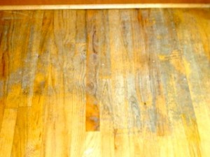 best way to clean hardwood floors image