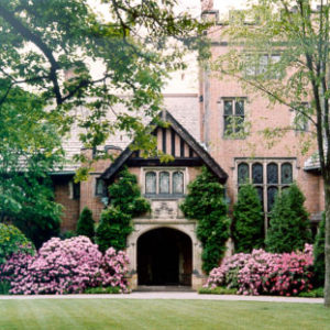 Located In Akron, Ohio, Stan Hywet Is Considered To Be The Premier Example Of Tudor Revival Architecture In The US.